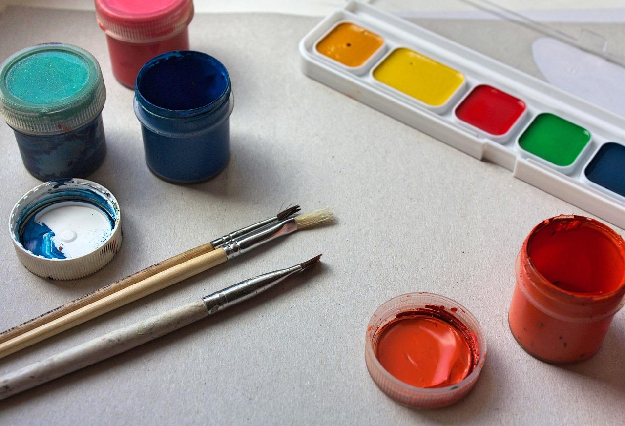 paint-3590373_1280