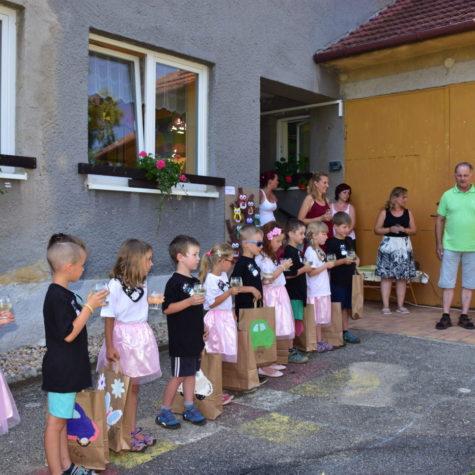 Vendulka oslava ukonèení školky